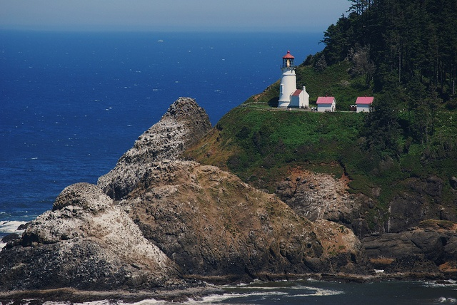 Oregon Coast Lighthouse | Travel and Photography | Pinterest: pinterest.com/pin/200832464603760062