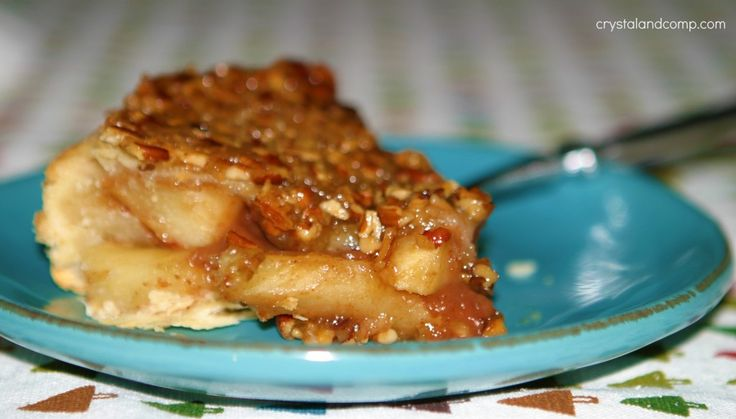 Apple Pecan Upside Down Pie | Pies and Cobblers | Pinterest