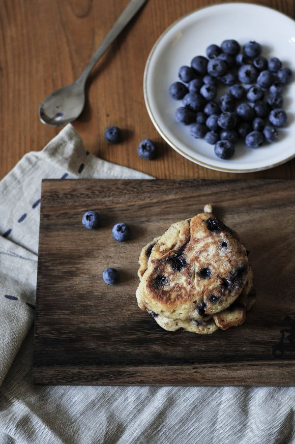 Blueberry lemon yogurt pancakes - What should i eat for breakfast ...