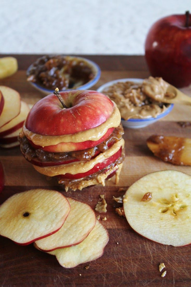 apple sandwiches with date caramel + almond butter