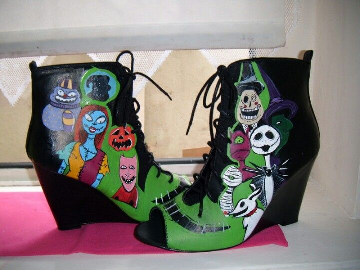 Nightmare Before Christmas shoes | Stuff I want | Pinterest