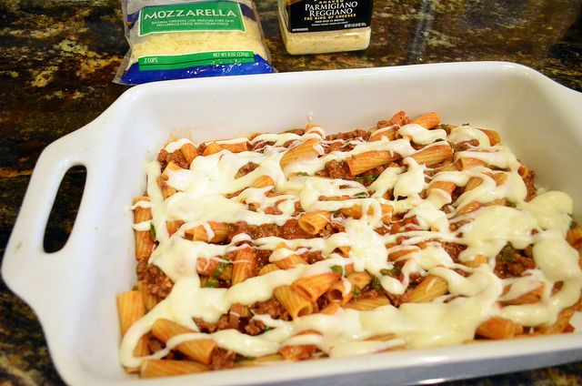 2012-02-15 Creamy Baked Rigatoni with Meat Sauce 064 by From Valerie's ...