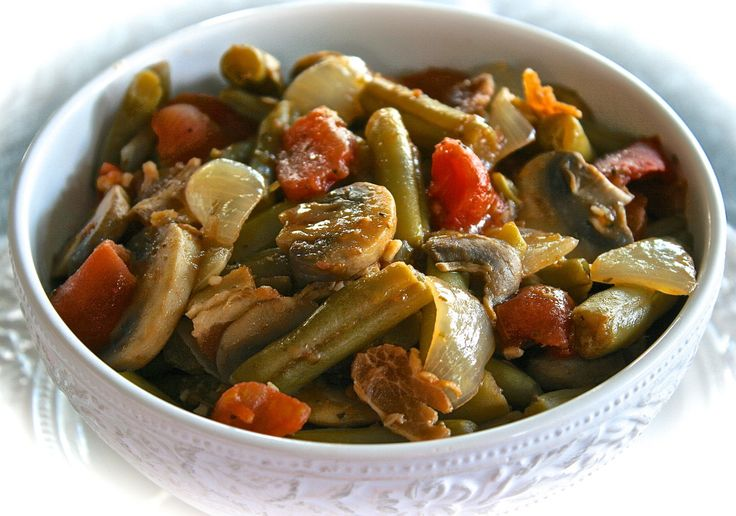 Country-Style Green Beans with Bacon, Mushrooms, Onions & Stewed ...