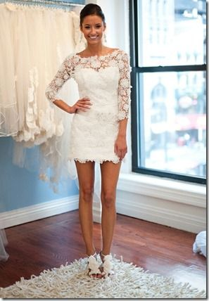 I just love white dresses...and of course lace!