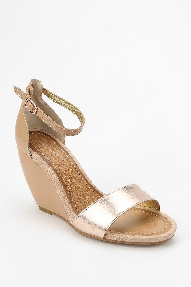 seychelles thyme wedge sandal because i 39 m a girl pinterest. Black Bedroom Furniture Sets. Home Design Ideas