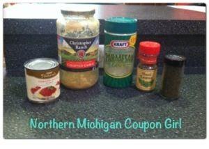 Homemade Pizza Sauce ~ via Northern Michigan Coupon Girl