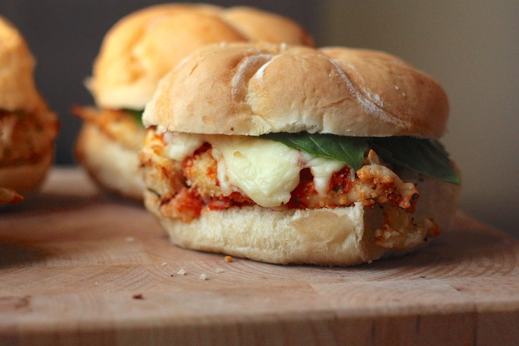 baked chicken parmesan sandwich | Food/drinks | Pinterest