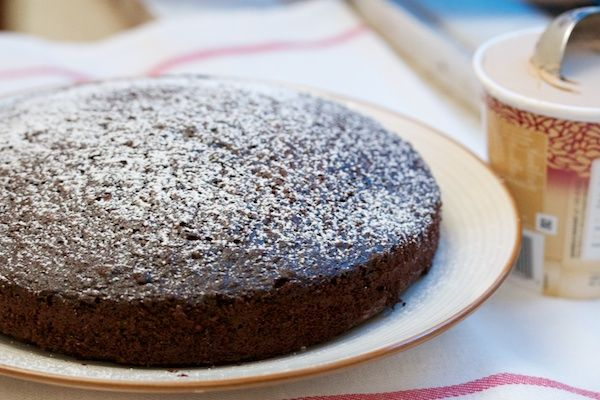 Chocolate olive oil cake | Chocolate Goodness | Pinterest