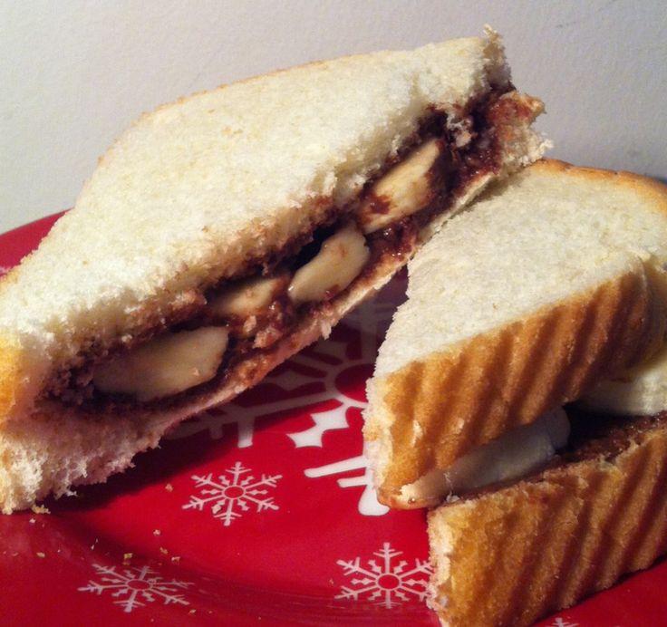 Nutella and banana sandwich! | SANDWICH | Pinterest