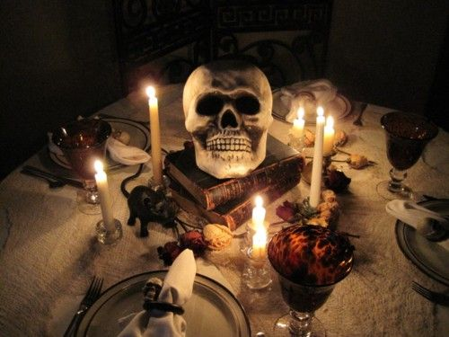 love this table halloween fall pinterest. Black Bedroom Furniture Sets. Home Design Ideas