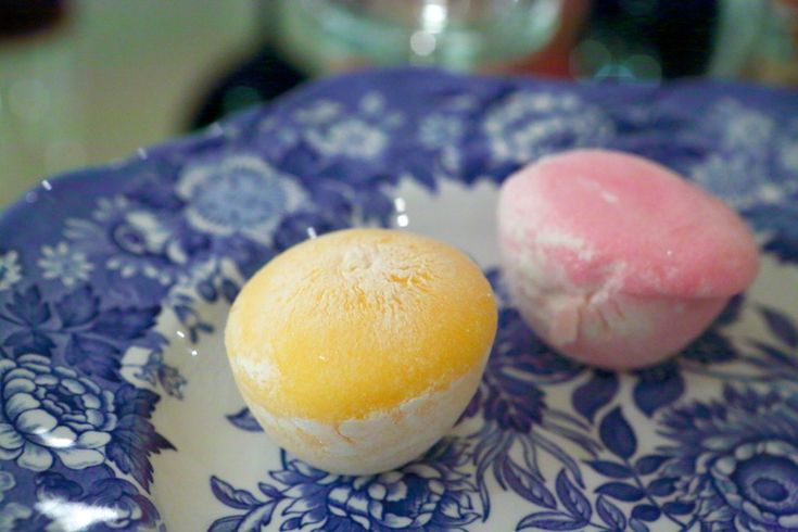 give me all mochi.