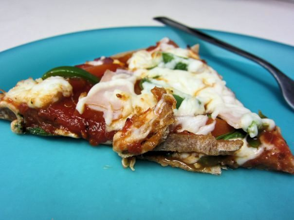 Easy, whole wheat veggie pizza | College & Life Hacks | Pinterest