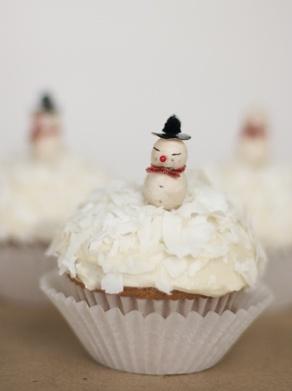 Snowman Coconut Cupcakes | Favorite Recipes | Pinterest