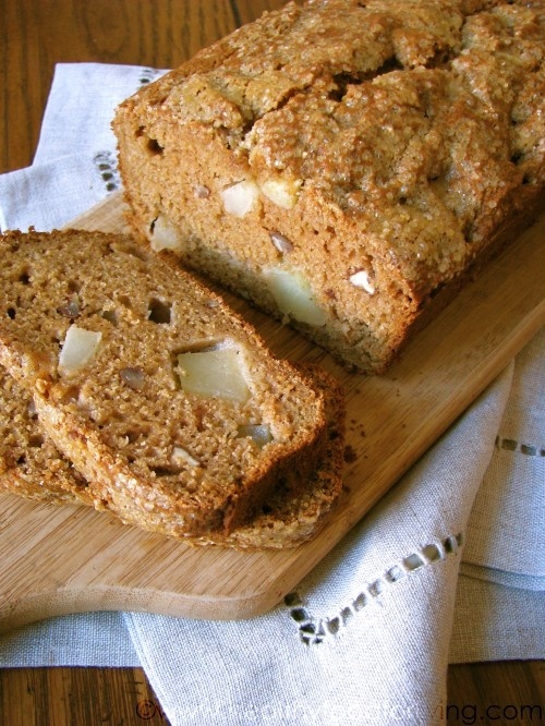 Applesauce nut bread | Recipes to try | Pinterest