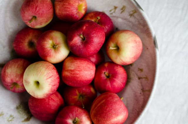 ROASTED APPLESAUCE #Recipe | **AMERICAN COMFORT FOOD** | Pinterest