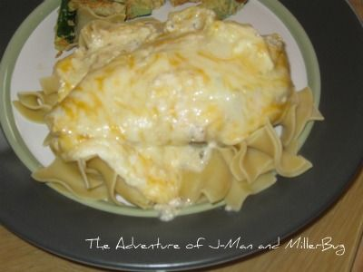 Yummy slow cooker cheesy ranch chicken recipe that is sure to please the whole family!