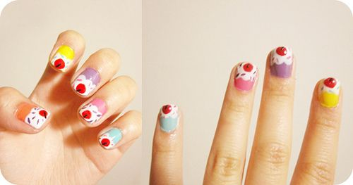 cupcakes on fingertips