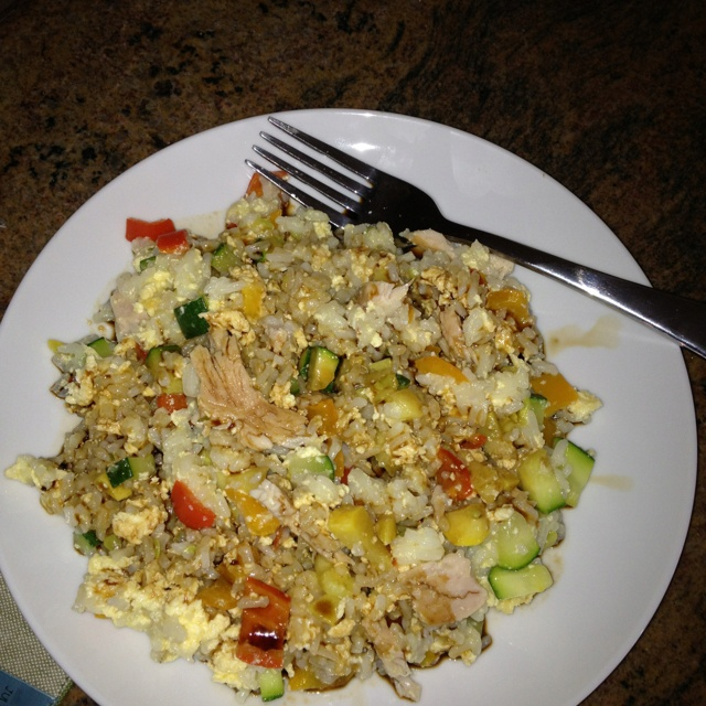 Healthy chicken fried rice - 262 cal, 1.5g fat, 160mg sodium, 37g ...