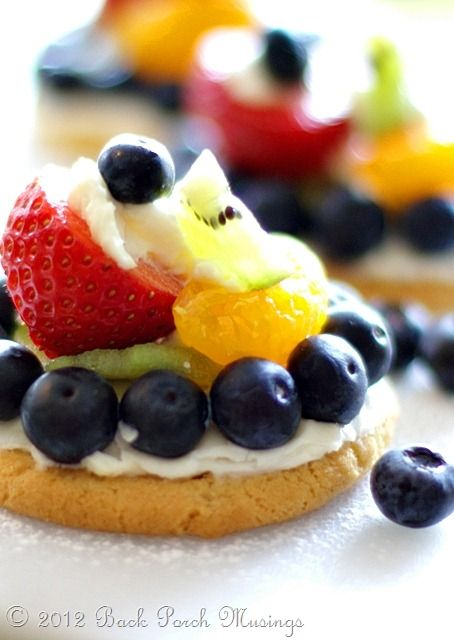 Mini Fruit Pizza | Fruit pizza | Pinterest