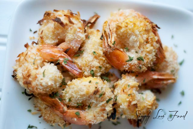 Skinny Coconut Shrimp w/ sweet n spicy dipping sauce
