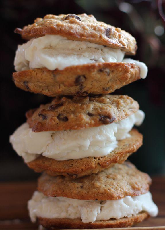 Gluten Free Oatmeal {Nut} Chocolate Chip Ice Cream Sandwiches | via EA ...