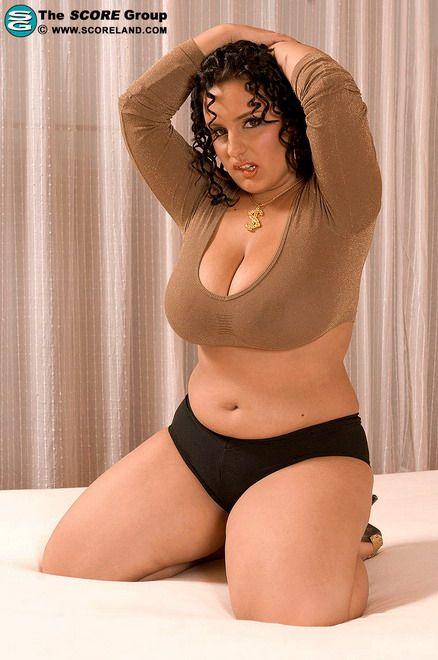 Teen bulging pussy pics