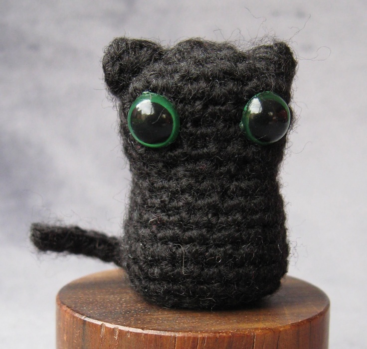 Crochet Pattern For Elsa Doll : Cat - free amigurumi crochet pattern Crafts Pinterest
