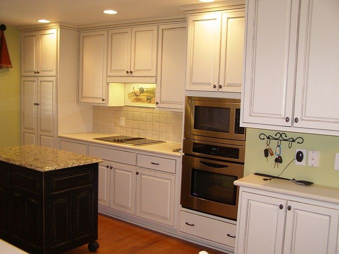 Kitchen cabinet makeover for Kitchen cabinets makeover