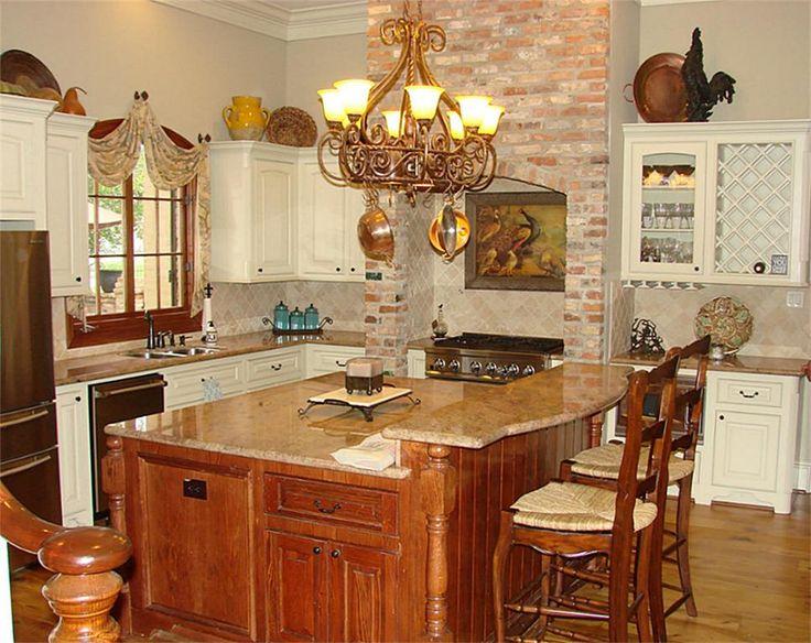 Beautiful french country style kitchen kitchen loving for Beautiful country kitchen pictures