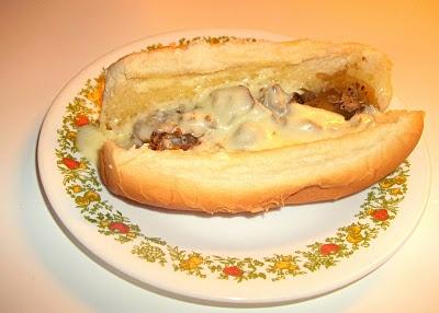 Super Easy Philly Cheese Steak | nomnomnom | Pinterest