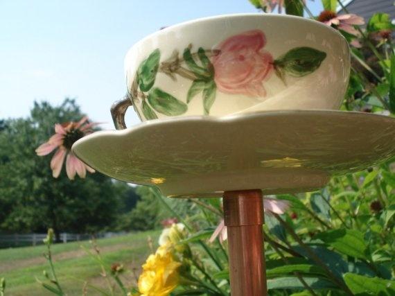 repurposed tea cup as a bird bath | Garden Wishes | Pinterest
