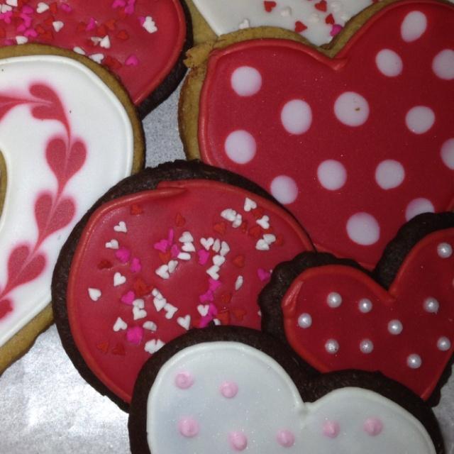 valentine's day cookies cupcakes