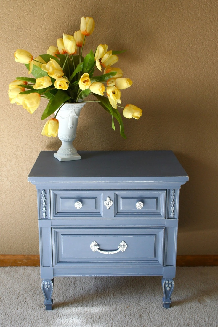 ascp old violet painted furniture pinterest. Black Bedroom Furniture Sets. Home Design Ideas