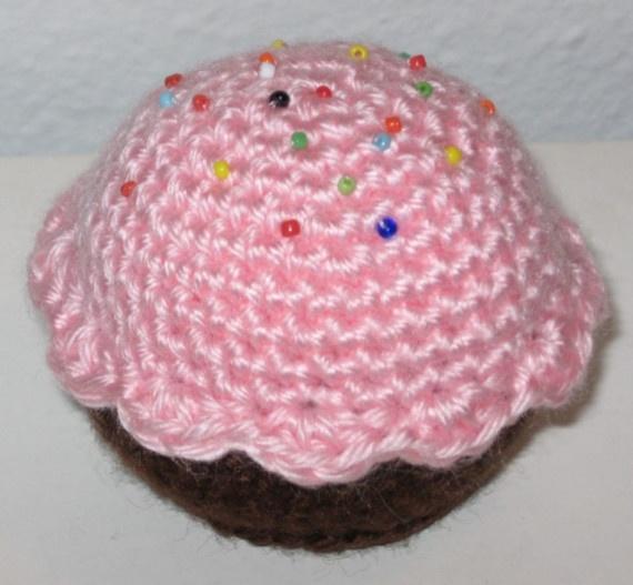 Free Amigurumi Crochet Patterns Cupcake : Free Cupcake Crochet Pattern Crochet it! Pinterest