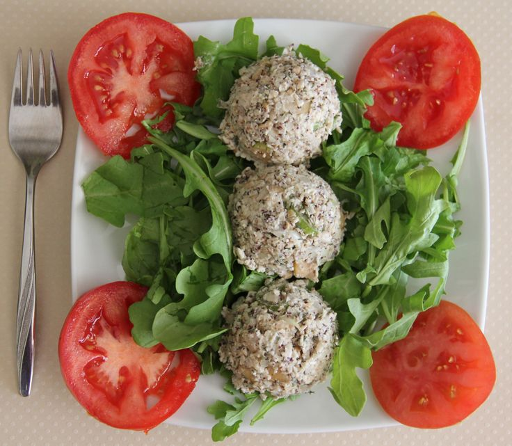 Raw Vegan Tuna Salad - I say go for the two tablespoons of dulse ...