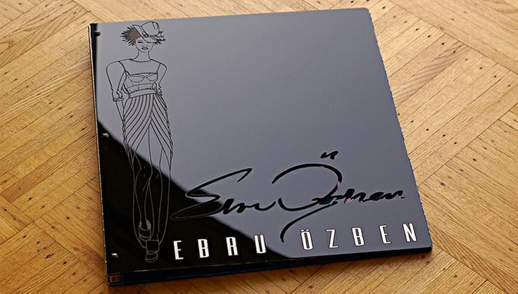 fashion-design-portfolio-presentation