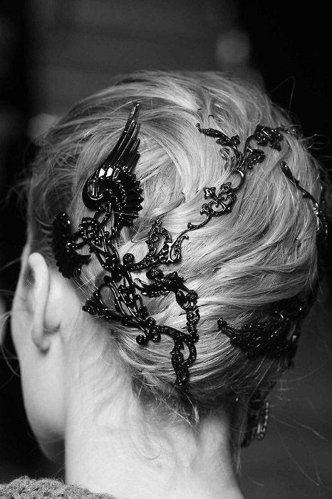 Lagerfeld hair jewels