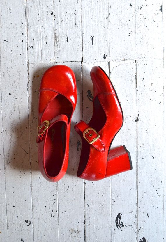 red 1960s shoes / 1960s shoes / Cherrybomb Mary by DearGolden