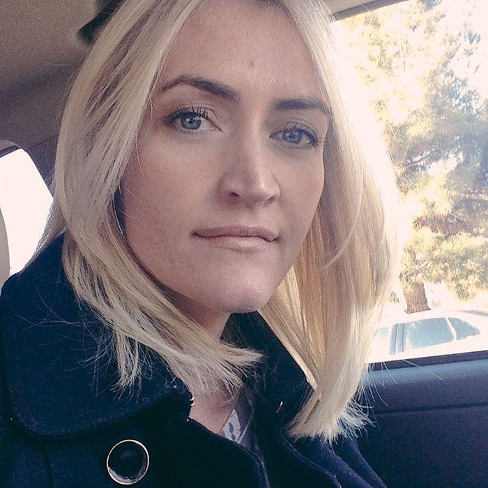light hair; dark eyebrows | Hair | Pinterest