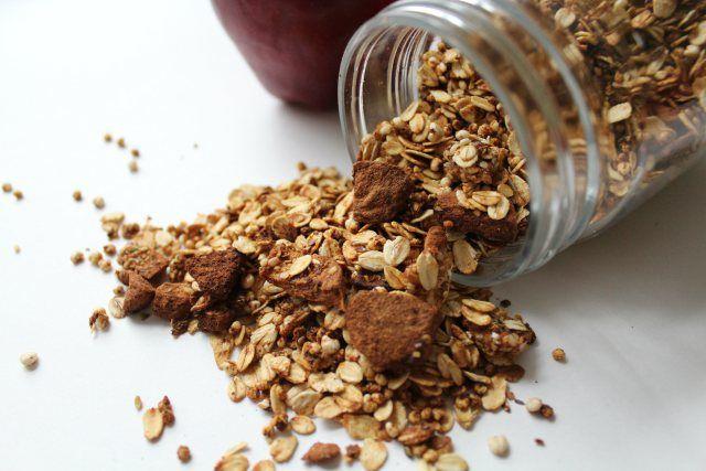 Apple Cinnamon Granola | Healthy Food | Pinterest