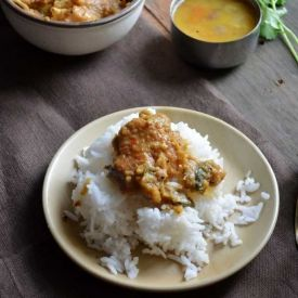 Indian Style Garlic Chicken Curry | I wanna try this soon | Pinterest