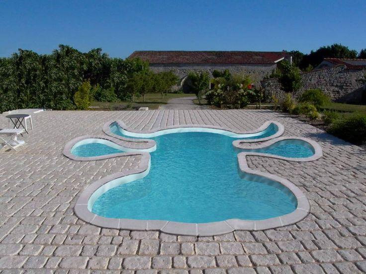 voici une piscine des plus originale piscine du. Black Bedroom Furniture Sets. Home Design Ideas