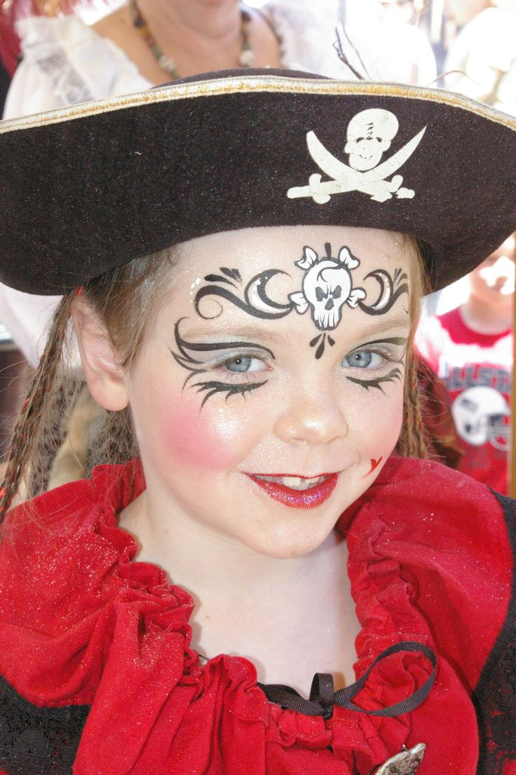 Girl pirate face paint - Maquillage pirate fille ...