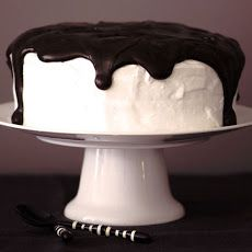 Howl at the Moonpie Cake | Bosco Pie | Pinterest