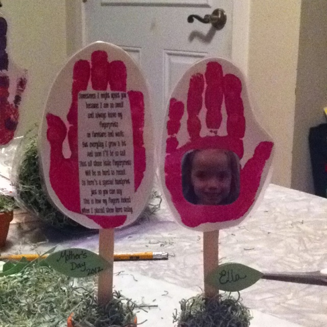 Day gift. Handprint with picture and poem in a tiny flower pot. Poem ...