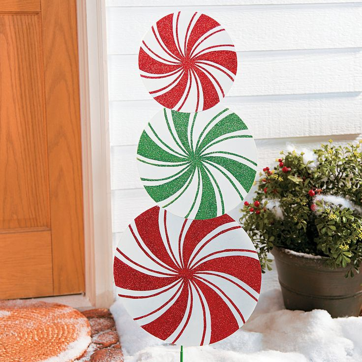 Pin by monique di lonardo on holiday creations pinterest for Lawn art patterns