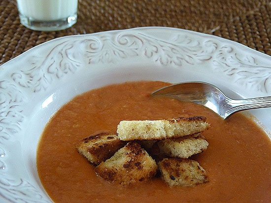 Roasted Garlic Tomato Soup with Garlic Croutons