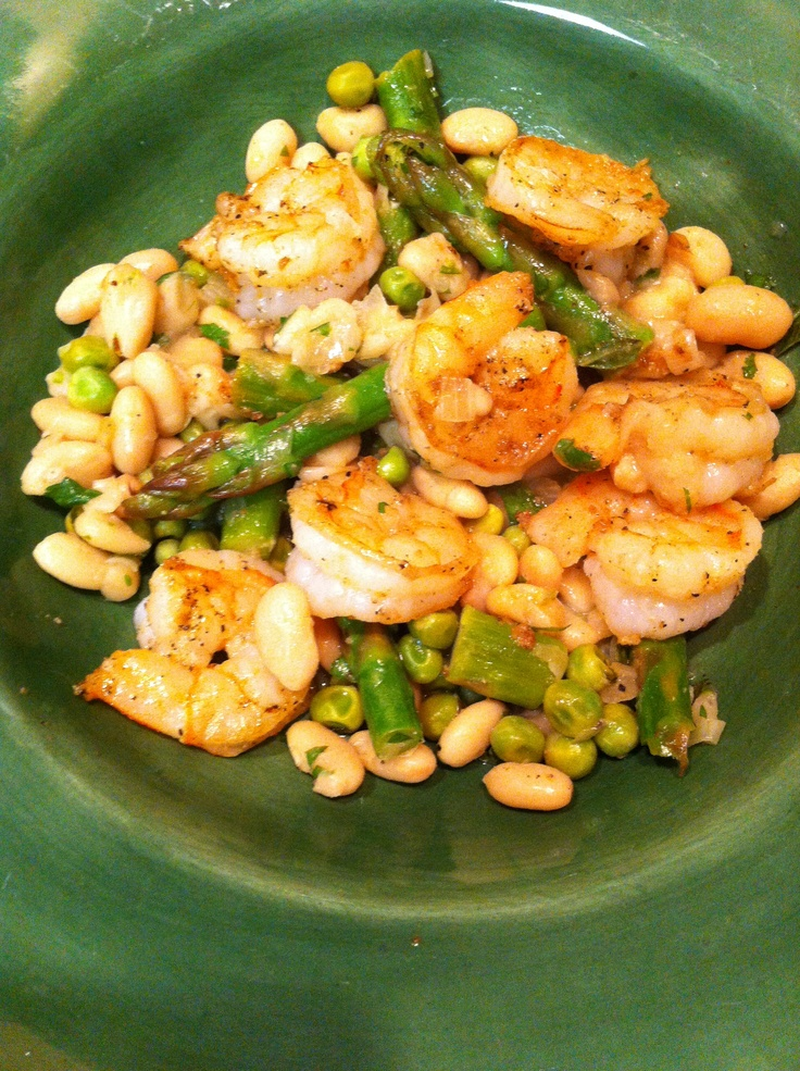 Shrimp with White Beans, Asparagus and Peas.