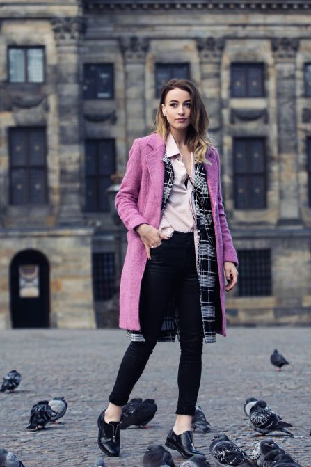 30 ways to add color to your winter outfits - pastel pink blouse, bright pink winter coat, plaid scarf + oxfords