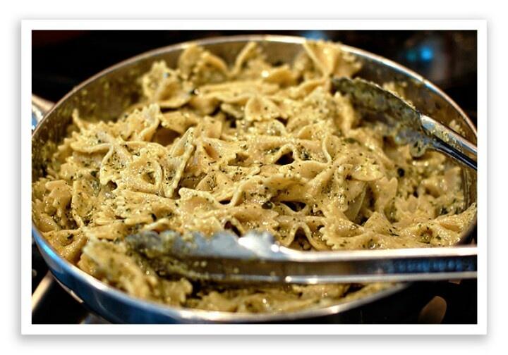 Creamy pesto pasta. Looks delicious. | Pasta | Pinterest